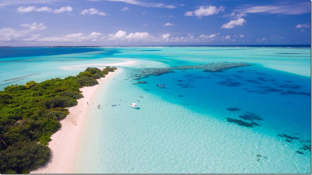 Remo Karpf maldives-1993704_1920